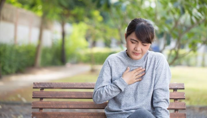 How to Relieve Pregnancy Heartburn and Indigestion NATURALLY